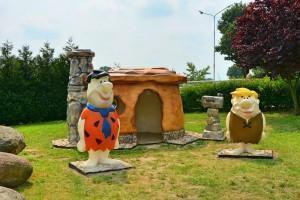 bajkowe figurki w parku Bryllandia